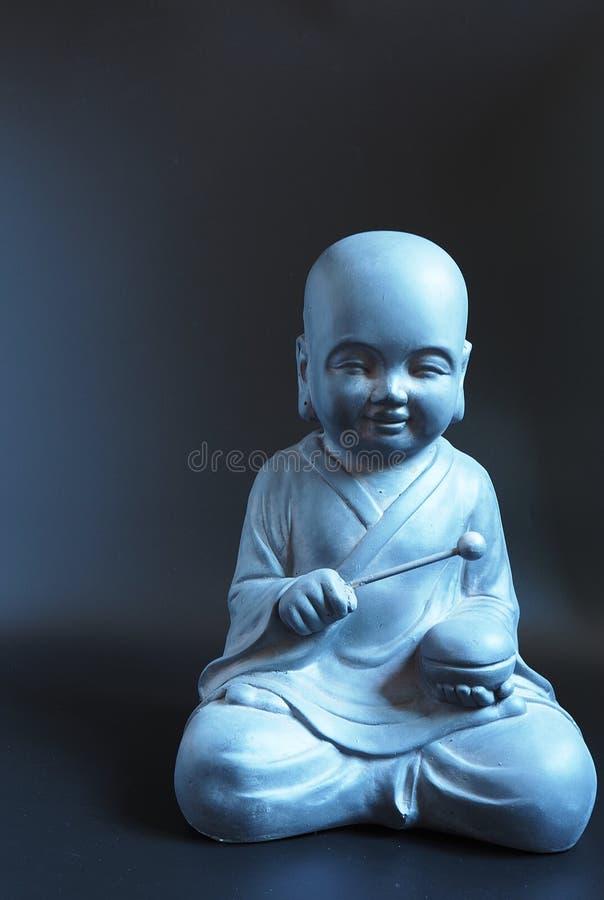 Estátua de pedra da monge budista japonesa fotos de stock
