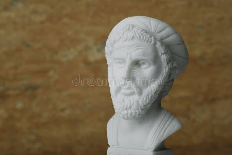Estátua de Pythagoras, de matemático do grego clássico e de geometer fotografia de stock