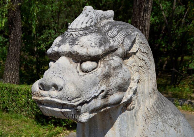 Estátua de Qilin na maneira sagrado a Ming Tombs, Pequim, China imagem de stock