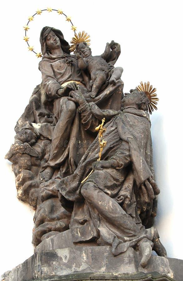 Estátua de Saint imagem de stock