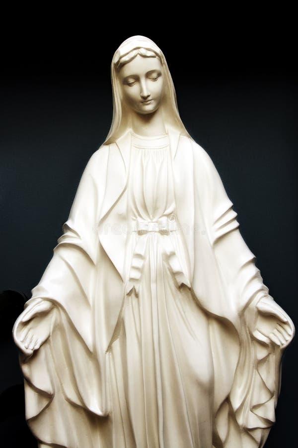 Estátua de Saint Mary imagens de stock royalty free