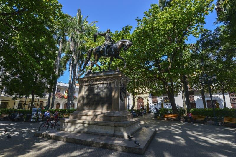 Estátua de Simon Bolivar em Cartagena, Colômbia fotografia de stock