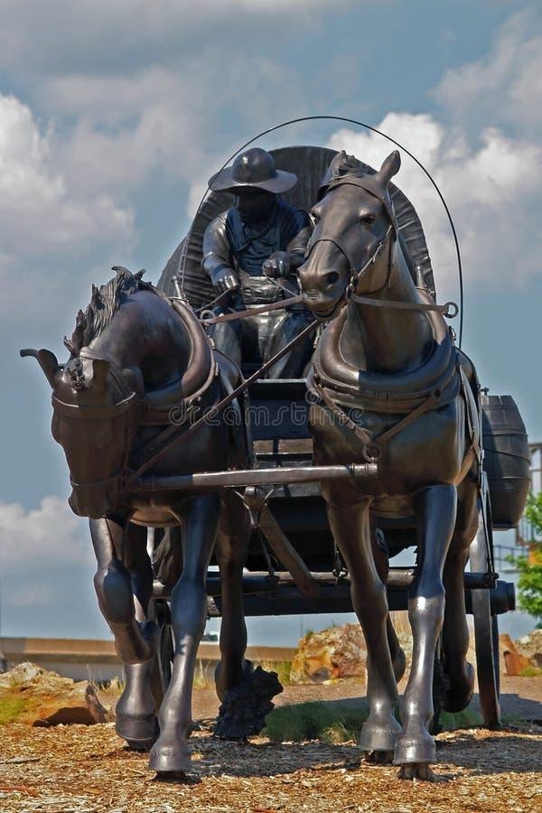 Estátua de um pioneiro fotografia de stock royalty free