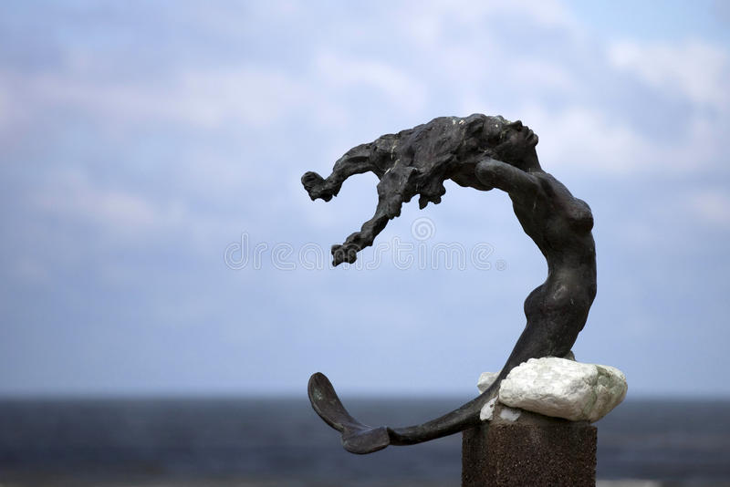 Estátua de uma sereia imagem de stock royalty free