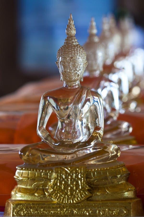Estátua de vidro da Buda fotografia de stock royalty free
