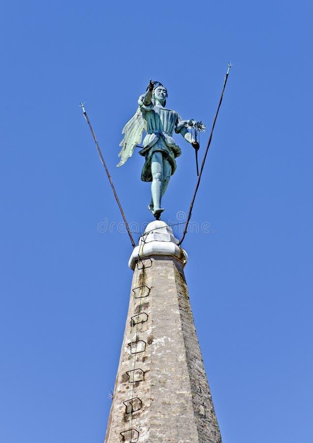 Estátua do arcanjo Michael foto de stock royalty free