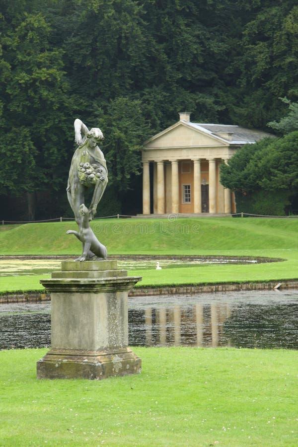 Estátua do Bacchus imagens de stock royalty free