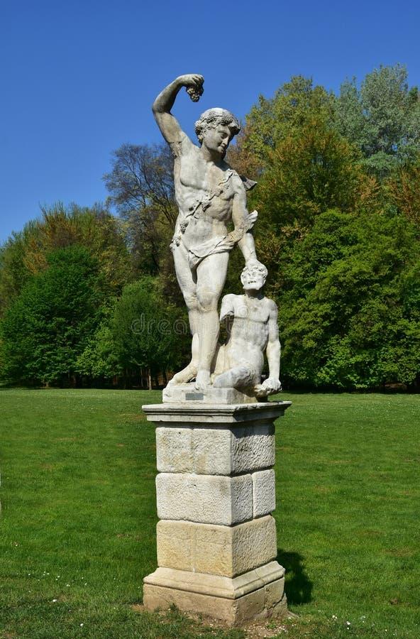Estátua do Baco fotografia de stock royalty free