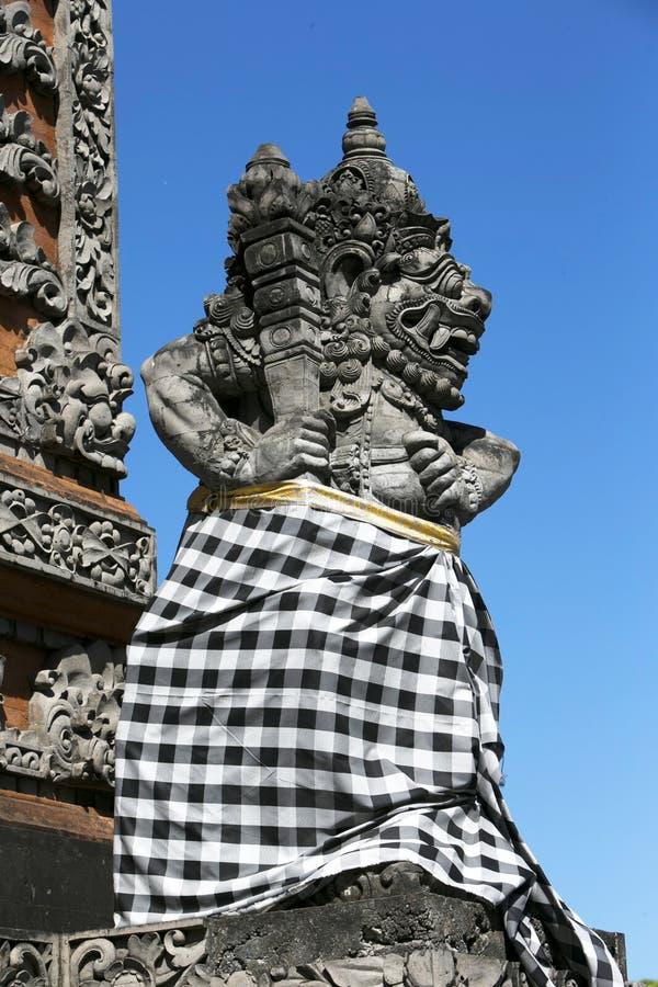 Estátua do Balinese fotografia de stock royalty free