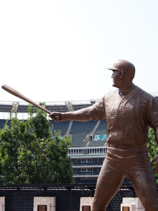 Estátua do basebol no estádio foto de stock royalty free