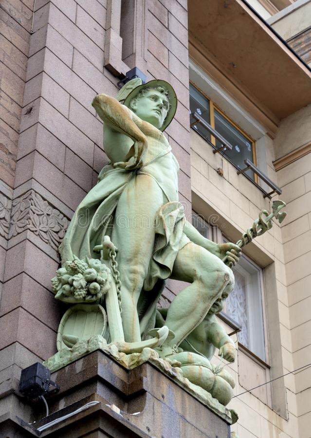 A estátua do comércio foto de stock royalty free
