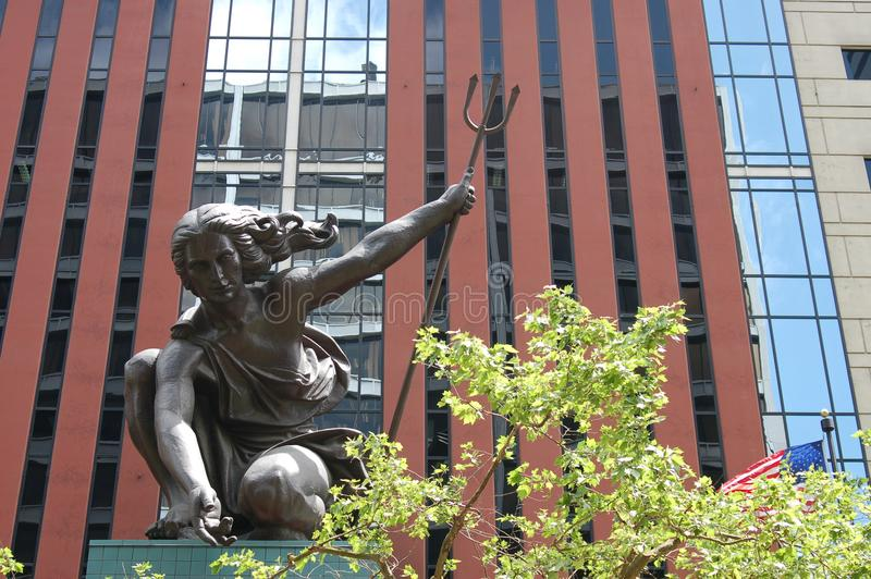 Estátua do ` de Portlandia do ` em Portland, Oregon foto de stock royalty free