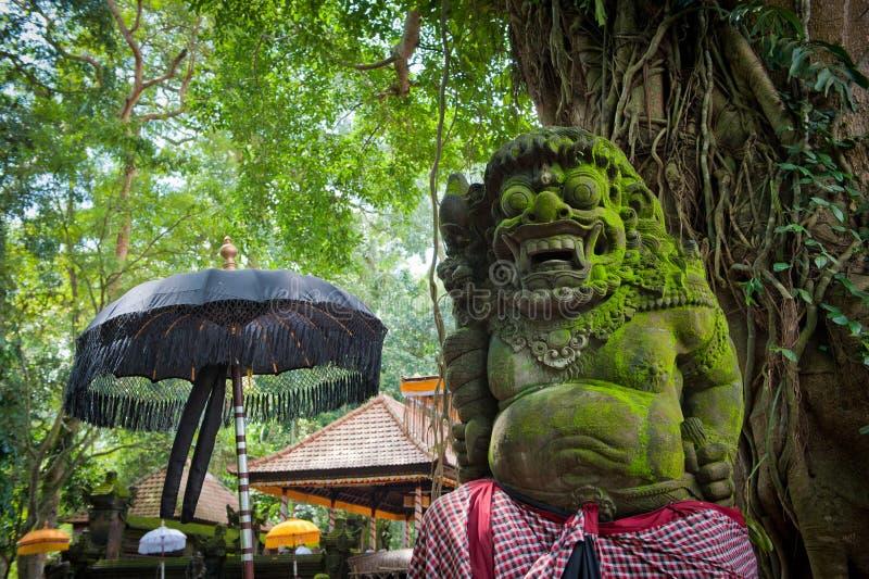 Estátua do demónio do Balinese em Ubud fotografia de stock