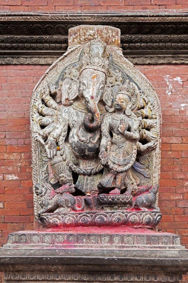 Estátua do deus hindu Ganesha do elefante em Nepal fotografia de stock royalty free