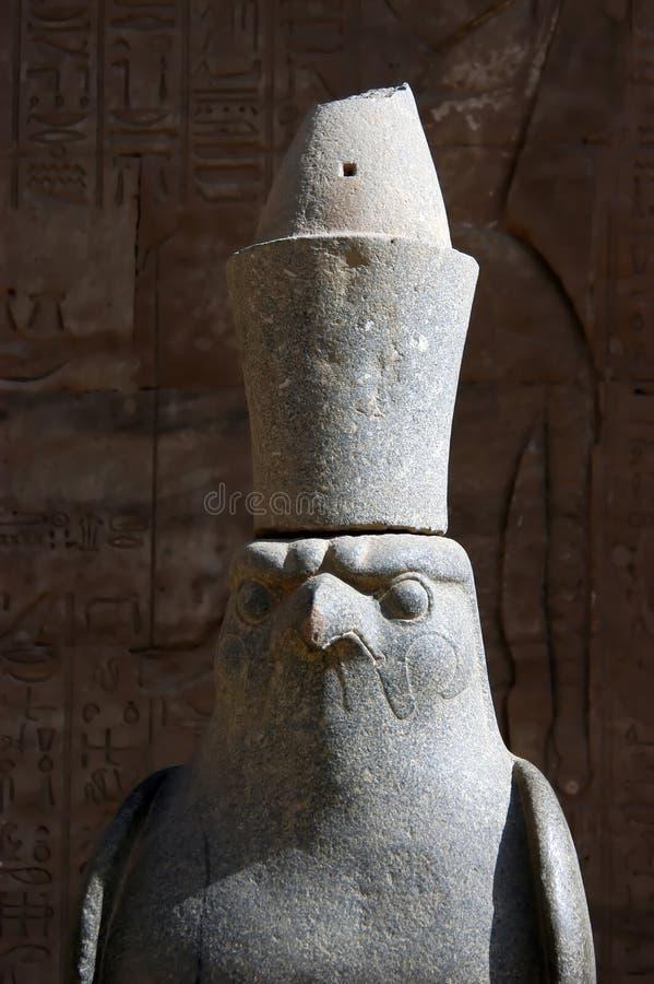 Estátua do deus Horus fotos de stock royalty free