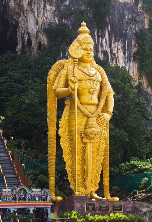 A estátua do deus Muragan em Batu desaba, Kuala Lumpur imagens de stock