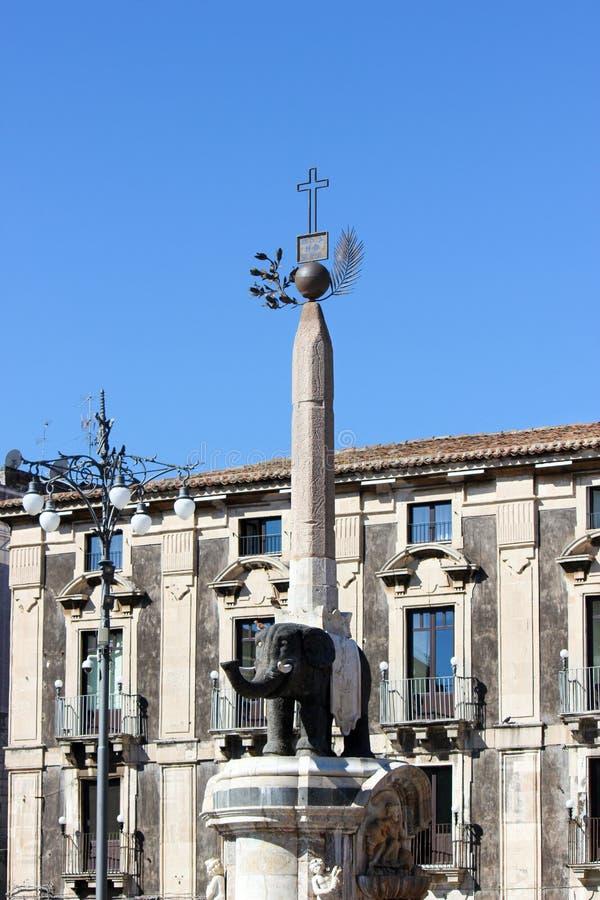 Estátua do elefante em Piazza Duomo, Catania, Sicília, Itália Símbolo da cidade, conhecido como Liotru fotografia de stock royalty free