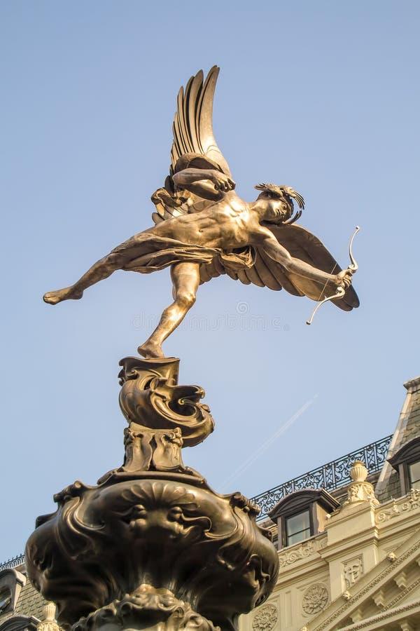 Estátua do Eros imagens de stock