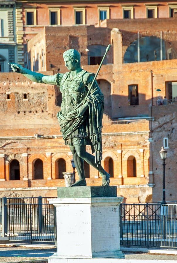 Estátua do imperador Augustus II fotografia de stock royalty free