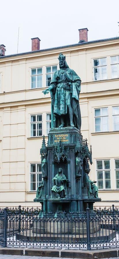 Estátua do imperador Charles IV, Roman Emperor santamente e rei o imagem de stock