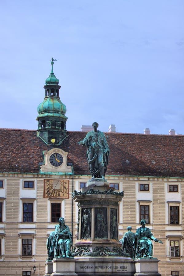 Est?tua do imperador Franz I em Viena fotos de stock