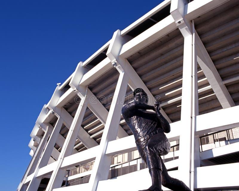 Estátua do jogador de beisebol, Atlanta, EUA. imagens de stock