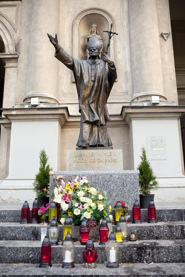 Estátua do papa John Paul o ò em Varsóvia, Poland imagens de stock royalty free