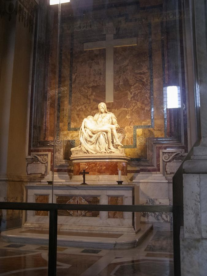 Estátua do Pieta em Roma fotografia de stock