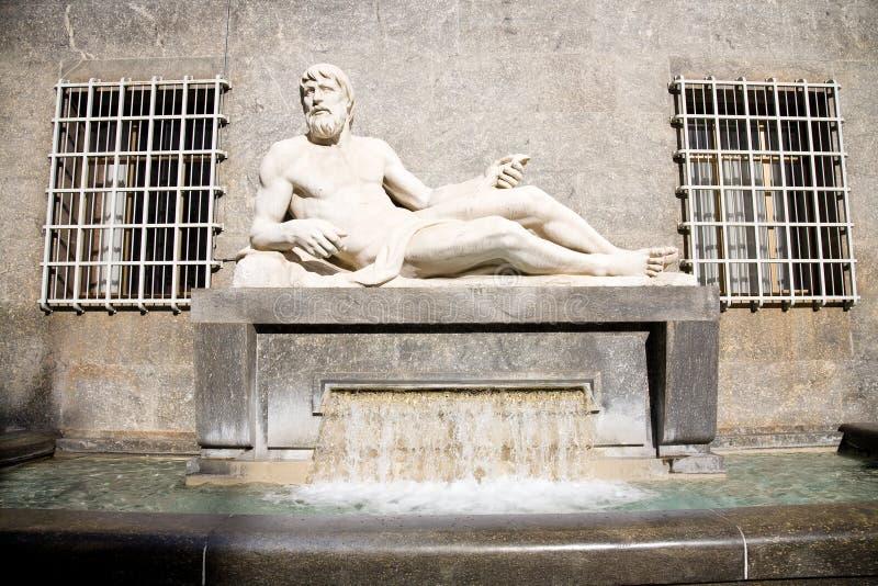 Estátua do Po do rio, Turin fotos de stock royalty free
