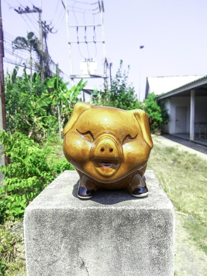 A estátua do porco fotos de stock royalty free