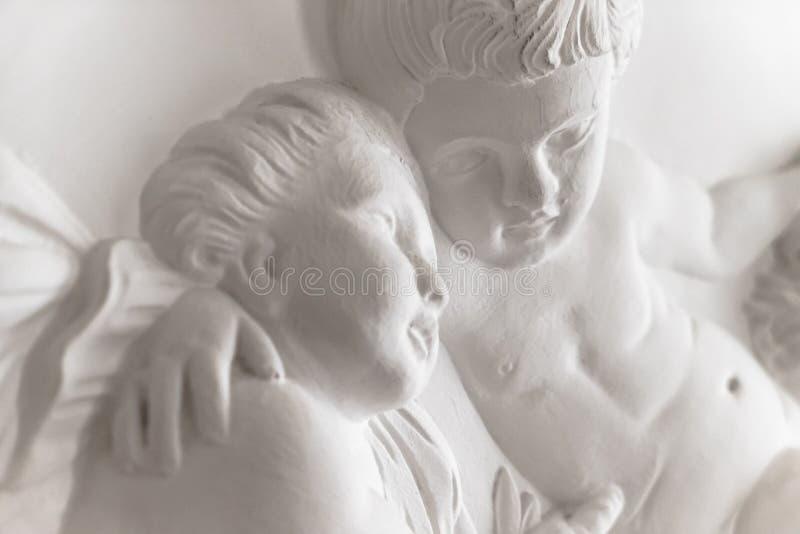 Estátua do putti dos querubins foto de stock