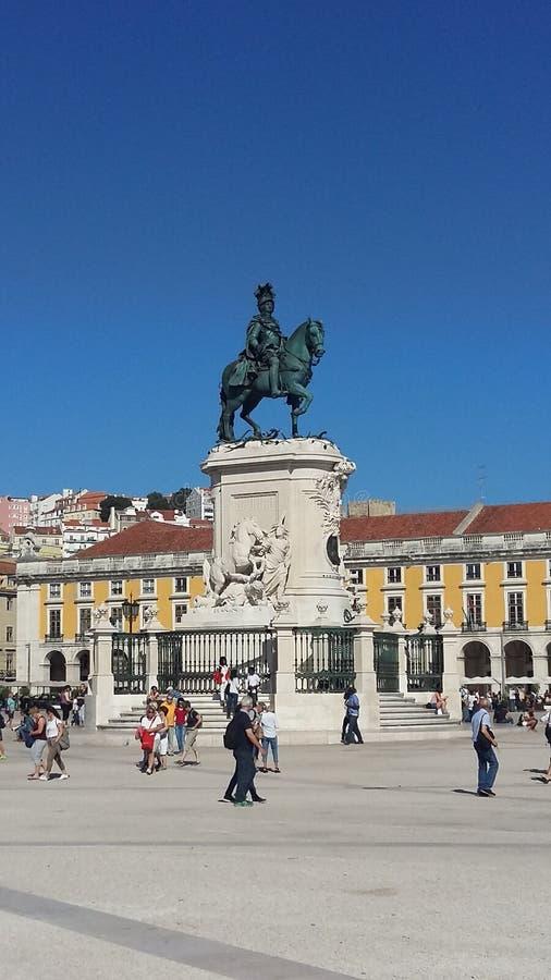 A estátua do rei Jose Eu em Praca faz Comercio imagens de stock