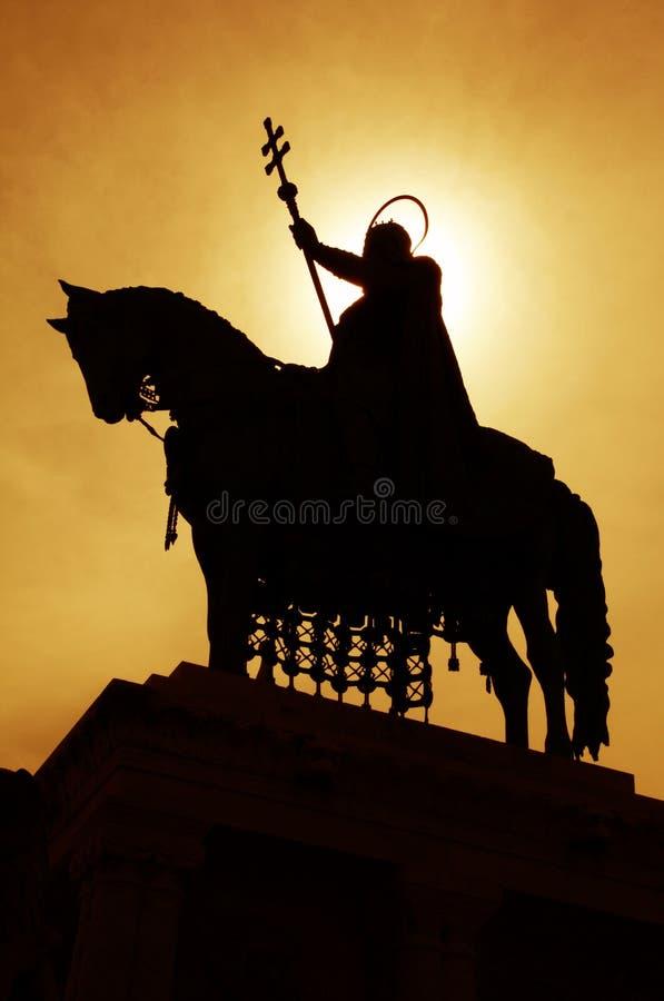 Estátua do St. stephen - silhueta imagem de stock