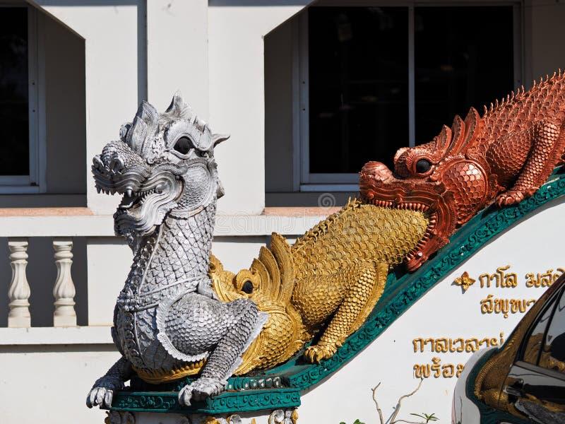 Estátua do templo de Tailândia imagem de stock