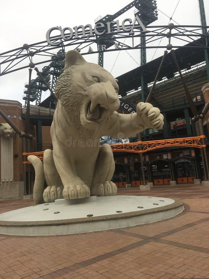 Estátua dos Detroit Tigers fotos de stock