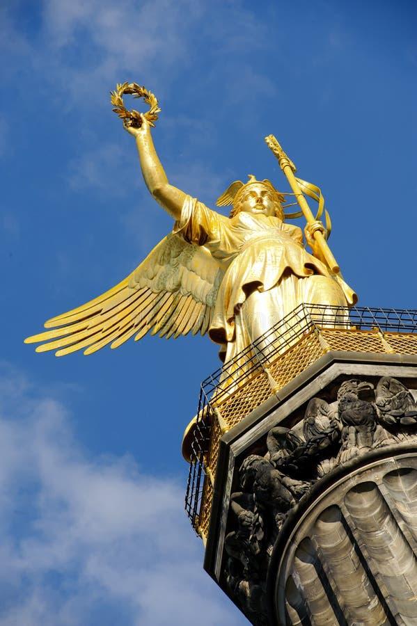 Estátua dourada em Berlim fotos de stock