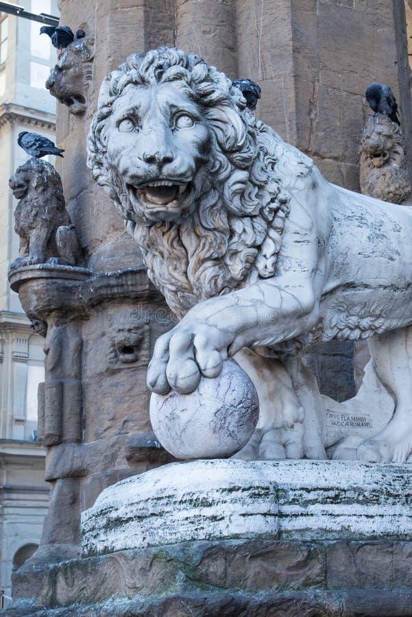 Estátua Florence Italy do leão de Medici foto de stock royalty free