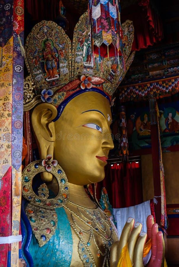 Estátua futura da Buda imagens de stock