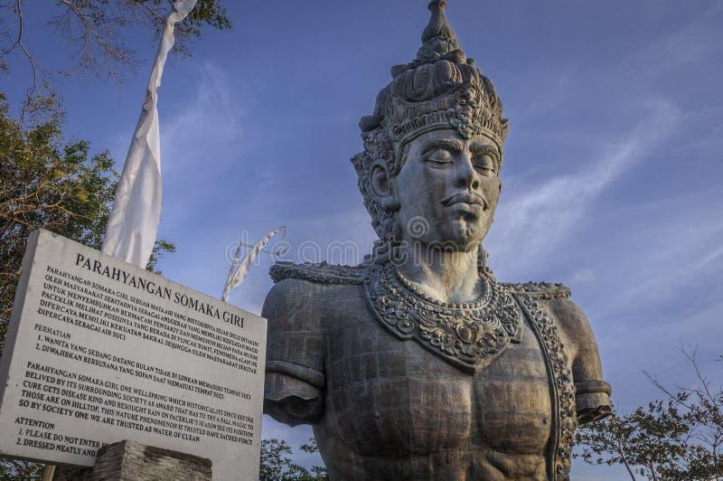 Estátua gigante de Vishnu em Bali, Indonésia fotos de stock royalty free