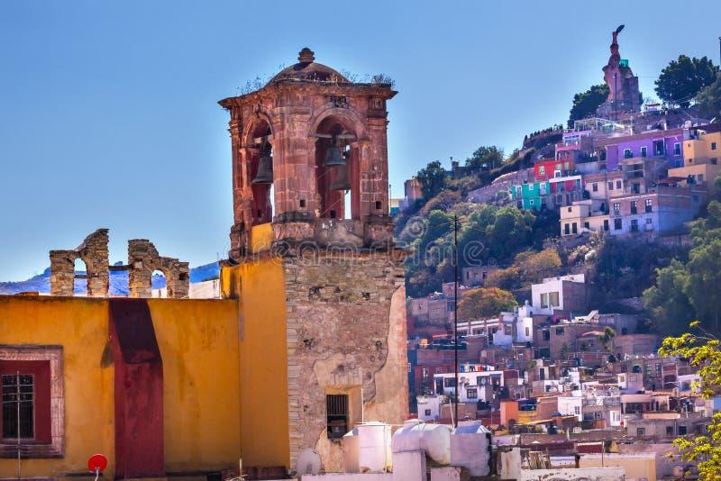 Estátua Guanajuato México do EL Pipila da igreja de San Rocque imagem de stock
