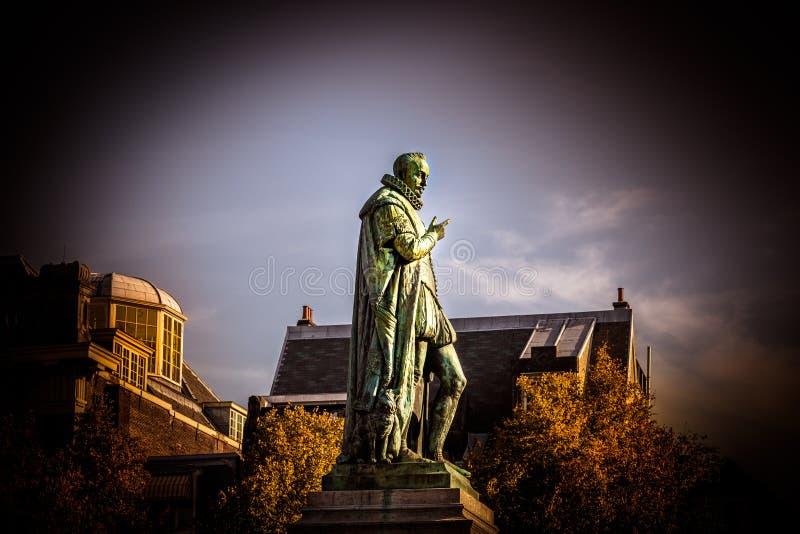 Estátua holandesa do rei Willen Eu em Haia foto de stock royalty free