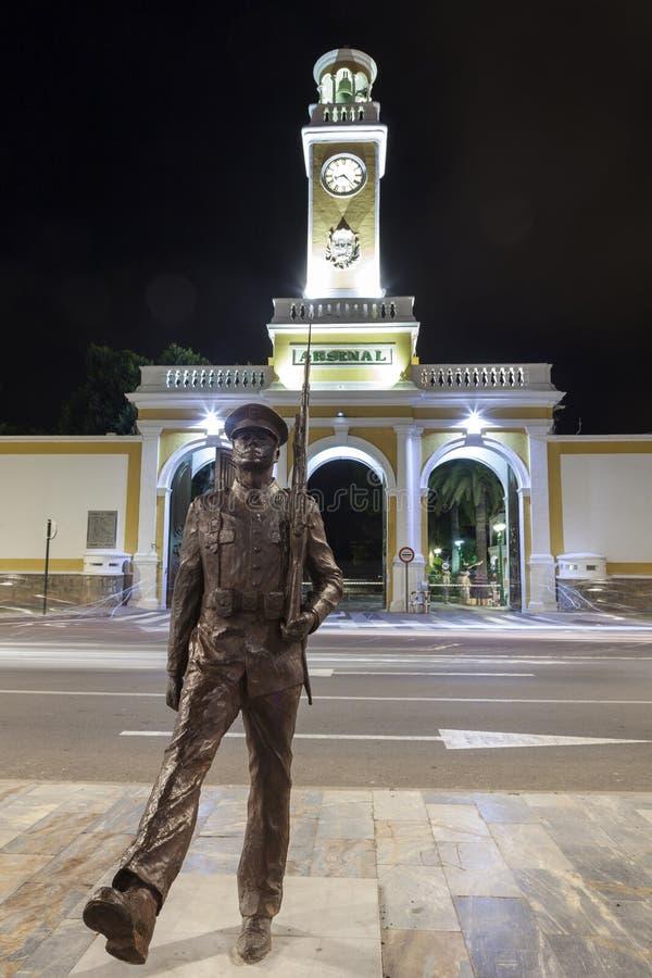 Estátua marinha espanhola da infantaria em Cartagena fotos de stock