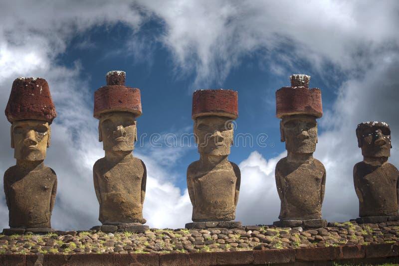 Estátua na Ilha de Páscoa ou Rapa Nui no Pacífico do sudeste foto de stock