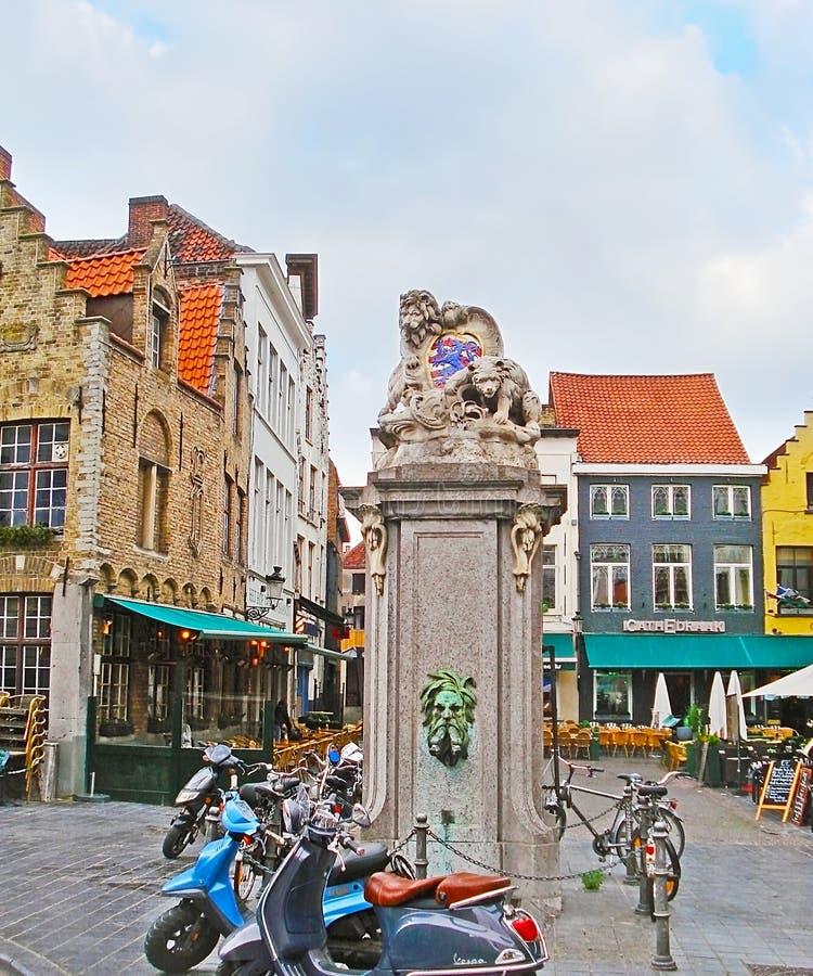 A estátua no quadrado de Eiermarkt fotografia de stock royalty free