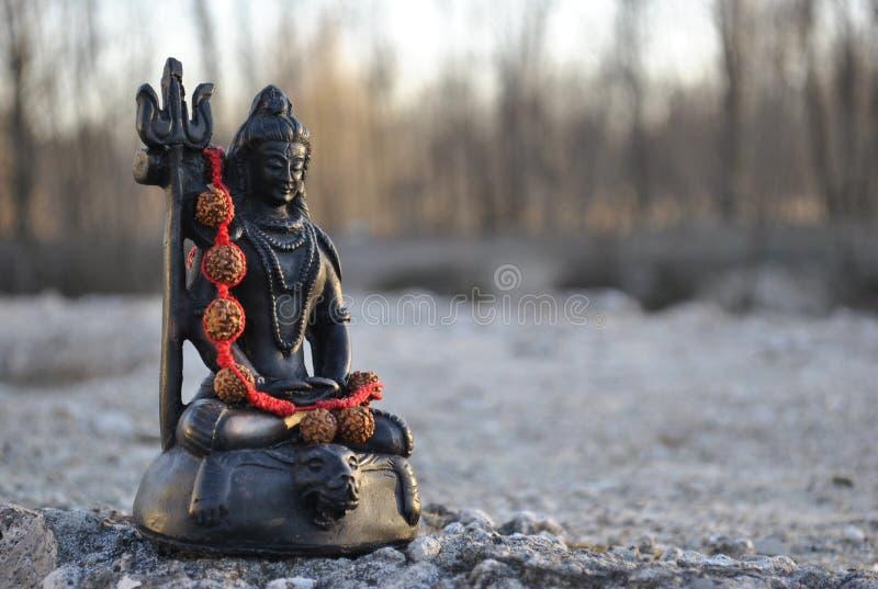 Estátua pequena de Lord Shiva fotografia de stock royalty free
