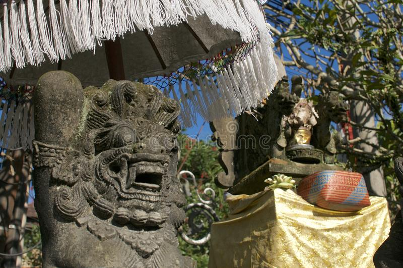 Estátua típica de Bedogol Dwarapala do Balinese fotografia de stock