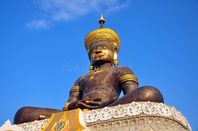 Estátua tailandesa da Buda. imagens de stock