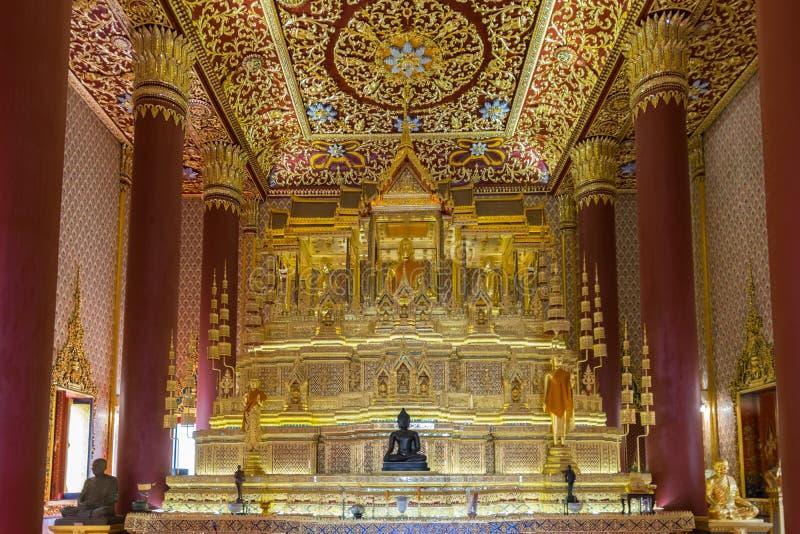 Estátua tailandesa de Buddha fotografia de stock