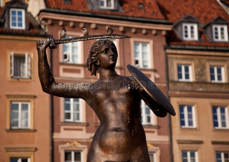 Estátua Varsóvia da sereia foto de stock royalty free