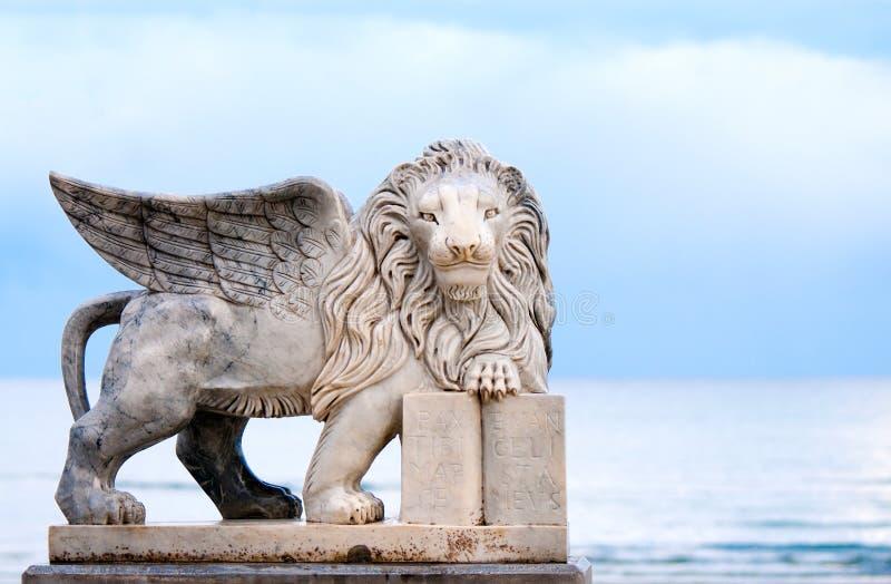 Estátua voada do leão foto de stock royalty free